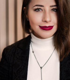 Dra. Laura Canti