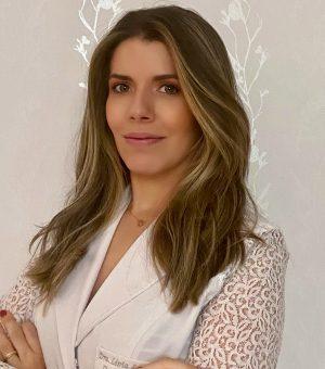 Lívia Lourenço